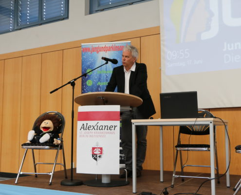 Keep Moving   Taiji-Therapie - Parkinson Symposium in Berlin · Prof. Dr. Müller
