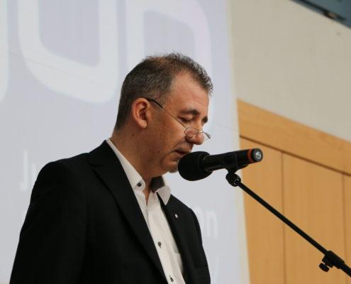 Keep Moving   Taiji-Therapie - Parkinson Symposium in Berlin · Vorstand Jung und Parkinson Frank Michler