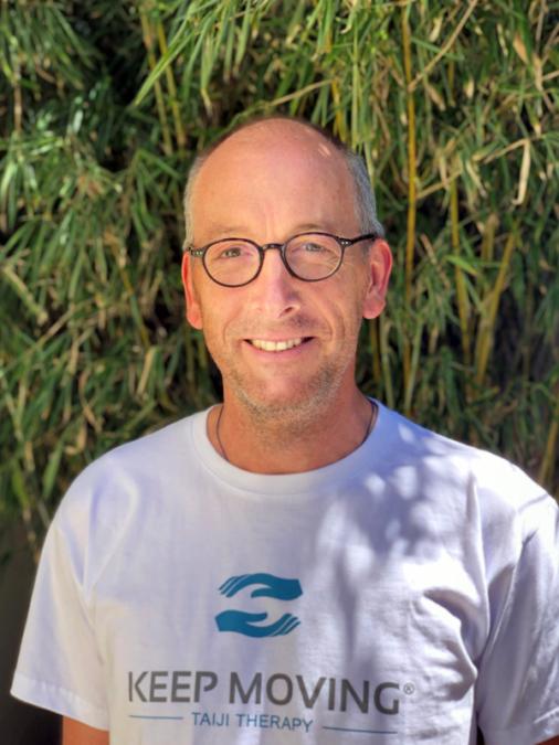 Keep Moving | Taiji-Therapie bei Bewegungsstörungen und Parkinson | Lizenzierte Trainer · Martin Brummer